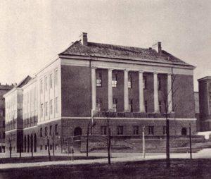 Gmach Biblioteki Dzielnicowej, 1957 r.
